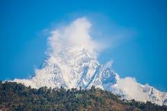 Символ Fishtail горы Непала Machhapuchhre Стоковые Изображения
