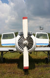 симметрия самолета стоковые фото