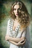 Симпатичная античная дама Стоковое Изображение RF