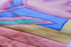 Симпатичная съемка подушки созданная методом заплатки Подушка от моей бабушки Стоковая Фотография RF