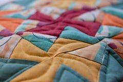 Симпатичная съемка подушки созданная методом заплатки Подушка от моей бабушки Стоковые Изображения