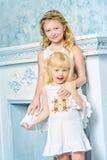 симпатичные сестры Стоковое Изображение