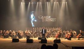 Симфонический оркестр показывает игру тронов в Киеве стоковая фотография rf