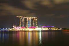 СИНГАПУР - 10,2016 -ГО АПРЕЛЬ: Горизонт для песка залива на Сингапуре Стоковая Фотография