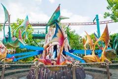 СИНГАПУР - 20-ОЕ ИЮЛЯ: Юрская тема парка в студиях Universal Si Стоковые Изображения RF