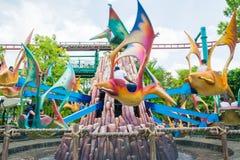 СИНГАПУР - 20-ОЕ ИЮЛЯ: Юрская тема парка в студиях Universal Si Стоковое фото RF