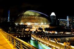 СИНГАПУР - 6-ое мая 2017: Футуристический стеклянный купол Стоковые Изображения
