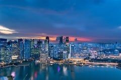 Сингапур - 20-ое ноября 2018: Взгляд захода солнца горизонта Сингапура, 20-ого ноября 2018 в Сингапуре стоковая фотография