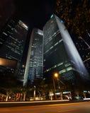 Сингапур - 12-ое октября 2015: Некоторые из 49 небоскребов над 140 метрами высокий которые можно найти в городе в заливе Марины Стоковая Фотография