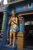 Сингапур 10-01-2018 сцен и божества индусского виска стоковая фотография rf