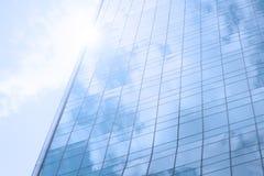 Синее стекло от здания небоскреба Стоковая Фотография