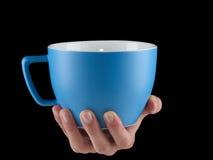 Сине- морская чашка цвета - mug на черной предпосылке Стоковые Фото
