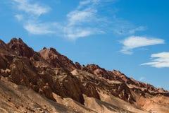 Синьцзян, пламенеющая гора, красная гора стоковая фотография