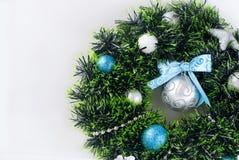 Синь венка рождества, серебр и белый цвет Стоковое Фото