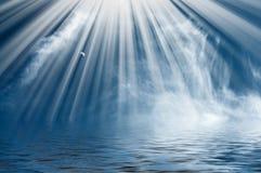 синь заволакивает солнце неба луны потехи славное Стоковые Изображения