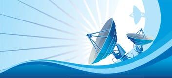 Синь спутниковой антенна-тарелки Стоковое Изображение