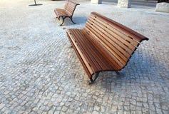 Сиротливый деревянный стенд в парке Стоковые Изображения RF