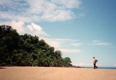 Сиротливый пляж стоковые изображения rf