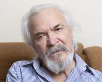 Сиротливый старик с больными глазами Стоковое Изображение