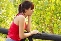 сиротливая и заботливая девушка Стоковое Изображение RF