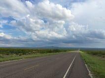 Сиротливая дорога Техаса Стоковая Фотография RF