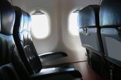 Сиротливое перемещение самолетом где-то, путешествие для дела самолетом и видят из окна самолета, взгляда неба самолета Стоковое фото RF