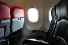 Сиротливое перемещение самолетом где-то, путешествие для дела самолетом и видят из окна, взгляда неба от воздушного путешествия Стоковые Фотографии RF