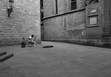 Сиротливый гитарист в Барселоне Стоковая Фотография RF