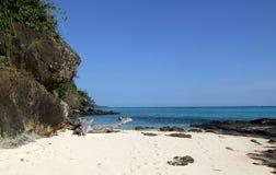 Сиротливый пляж на острове Mana Стоковое фото RF