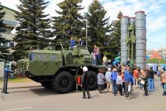 Система зенитной ракеты S-400 Стоковые Фотографии RF