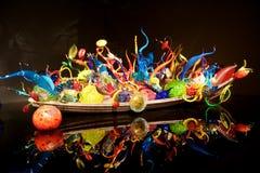 СИЭТЛ, ВАШИНГТОН, США - 23-ье января 2017: Выдувное стекло в абстрактных формах, Ikebana и экспонате шлюпки поплавка американцем Стоковое Изображение