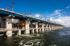 сила гидроэлектрического завода Стоковая Фотография