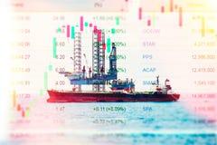 Сила и энергетический кризис с данными по фондовой биржи на дисплее Стоковые Фото