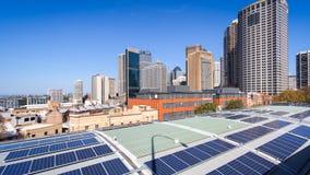 Сидней, город панелей солнечных батарей стоковое фото rf