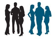 Силуэты группы в составе молодые женщины и человек Стоковое Изображение RF
