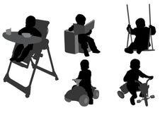 Силуэты малышей Стоковое Изображение RF