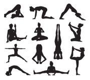 Силуэты представлений йоги или pilates Стоковое Изображение RF