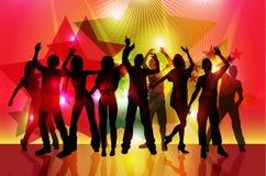 Силуэты танцевать людей партии Стоковое фото RF