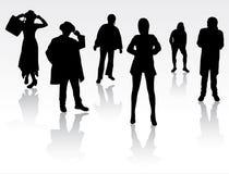 Силуэты людей танцев Стоковые Фотографии RF