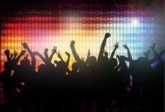 Силуэты людей танцев Стоковая Фотография