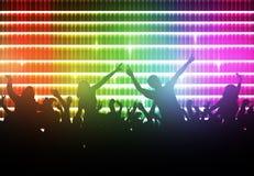 Силуэты людей танцев Стоковые Изображения RF