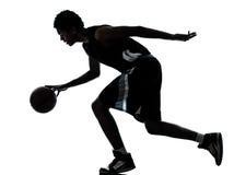 Силуэт баскетболиста Стоковые Фотографии RF