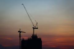 Силуэт башни конструкции Стоковое Изображение