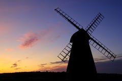 Силуэт ветрянки Rottingdean Стоковая Фотография RF