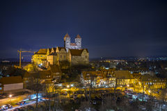 Силуэт вечера средневекового городка Кведлинбурга Стоковое фото RF