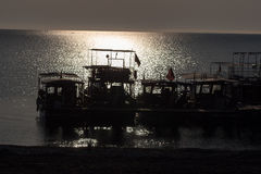 Силуэт восхода солнца на пляже Турции Стоковые Изображения RF