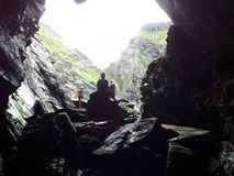 Силуэт в пещере Стоковые Изображения RF