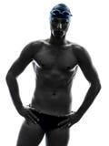 Силуэт заплывания пловца молодого человека Стоковые Фотографии RF