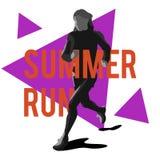 Силуэт идущего спортсмена девушки на предпосылке треугольников Стоковая Фотография