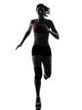 Силуэт марафона бегуна женщины идущий Стоковое Изображение